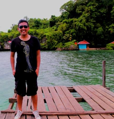 agung di dermaga pulau karangpuang Mamuju