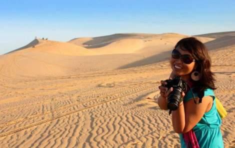 Wiwik lagi Red sand dunes Vietnam