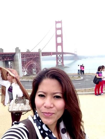 Riri Hassan di Golden Gate bridge San Fransisco