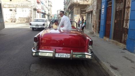 Suhe Sedang di Cuba, Amerika Latin