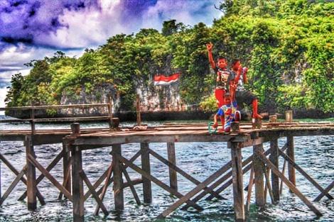 Keriaan anak-anak pulau Karang puang Mamuju - Sulawesi barat