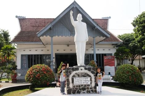 Rumah tinggal Presiden Soekarno saat di Blitar