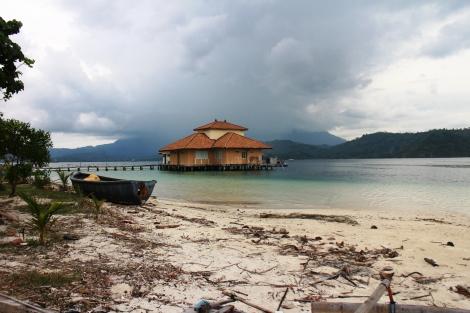 Pulau Tempat kita menginap untuk explore alam bawah laut Pahawang Lampung